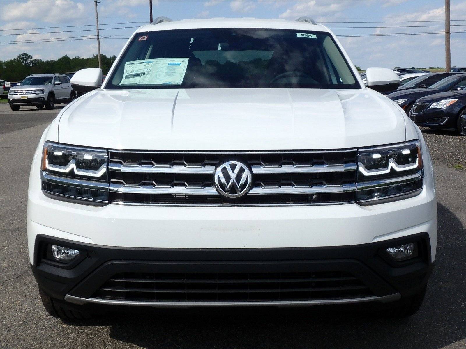 New 2019 Volkswagen Atlas 3 6L V6 SE w/Technology AWD Sport Utility