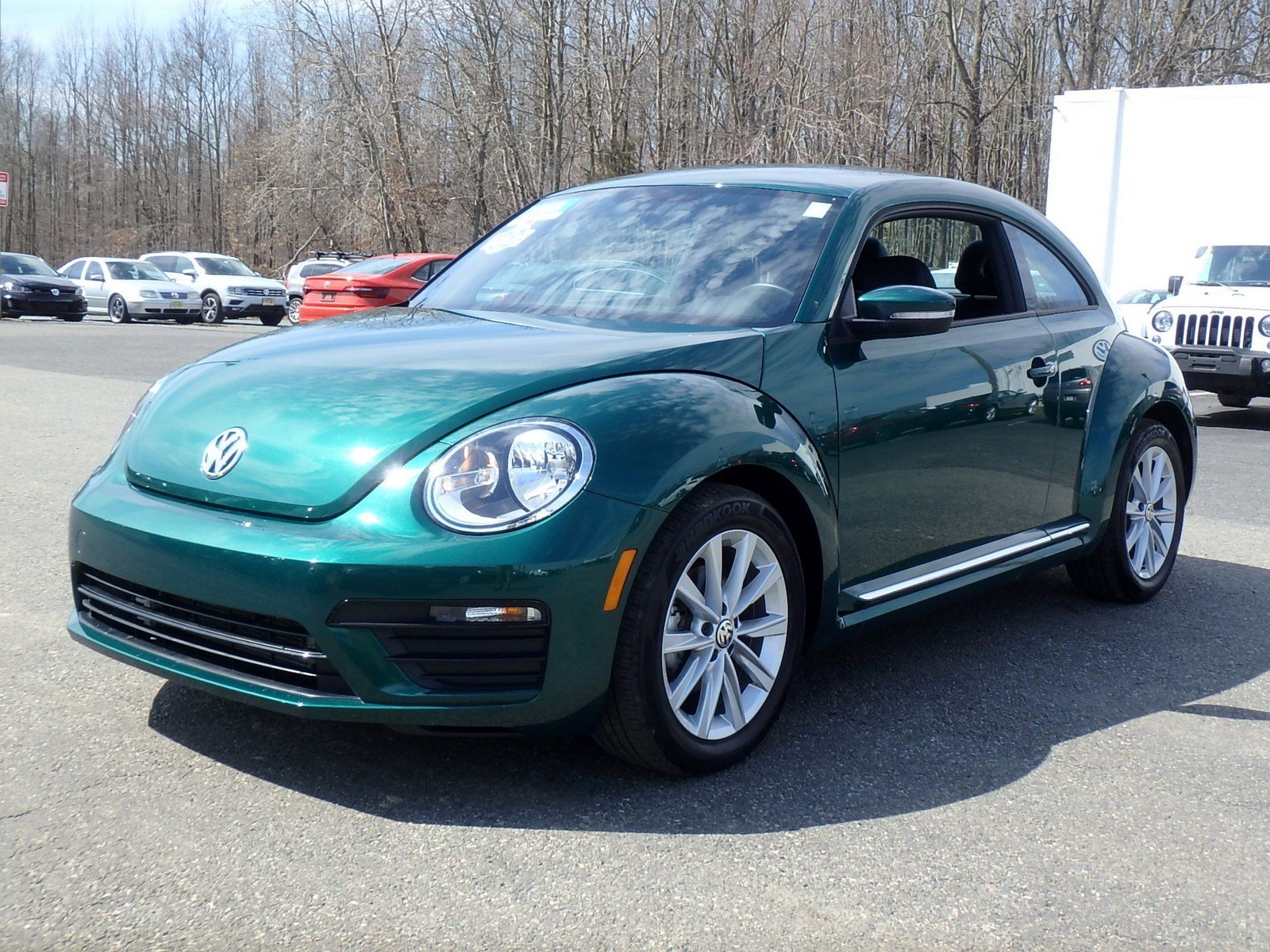 Certified Pre-Owned 2018 Volkswagen Beetle S