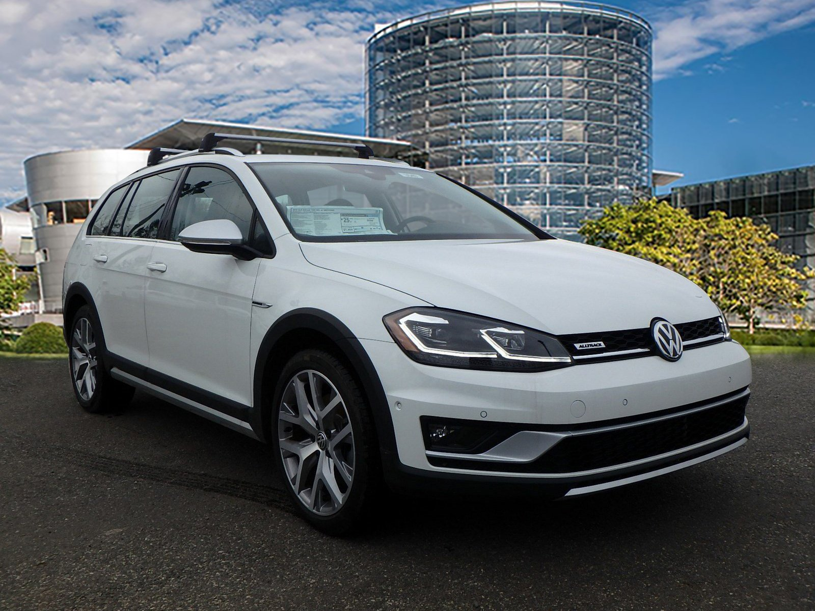 New 2018 Volkswagen Golf Alltrack SEL Station Wagon in Monroeville