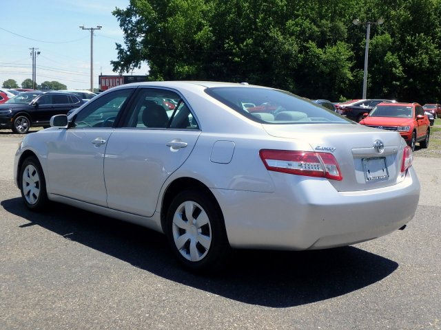 Pre-Owned 2011 Toyota Camry LE FWD 4dr Car