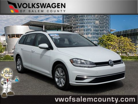 Certified Pre-Owned 2018 Volkswagen Golf SportWagen S