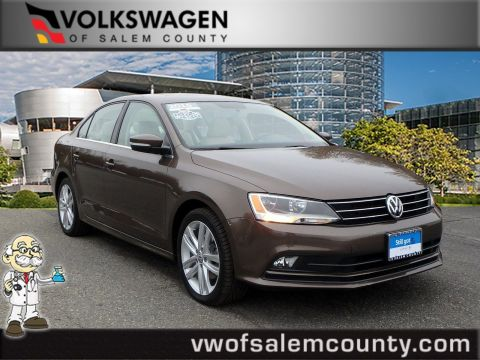 Certified Pre-Owned 2015 Volkswagen Jetta Sedan 2.0L TDI SEL